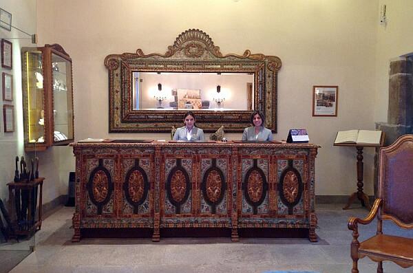 Nazarenes hotel review