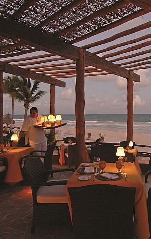 dinner by the beach at Belmond Maroma