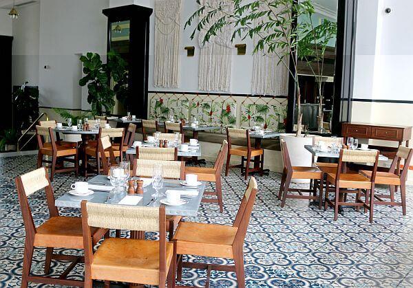 The Dining Room restaurant American Trade Hotel