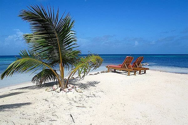 A private island stay in Belize on the reef