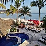 Casa de Mita luxury resort all-inclusive