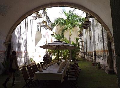 Let expert arrange a private lunch Yucatan