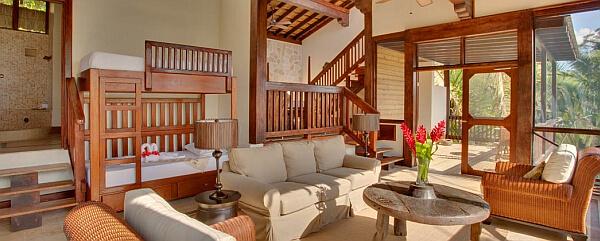 Belize tree house luxury