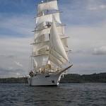 Clipper Ship Cruising Costa Rica