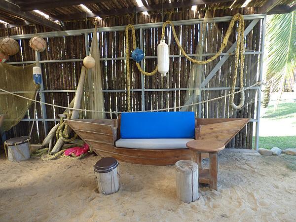 Drum Bar Hopkins Belize