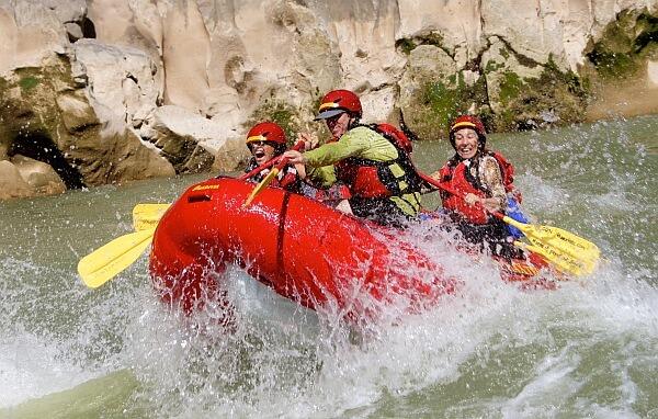 rafting Tampaon River