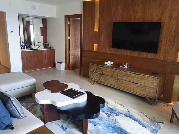 Cancun JW Marriott suite