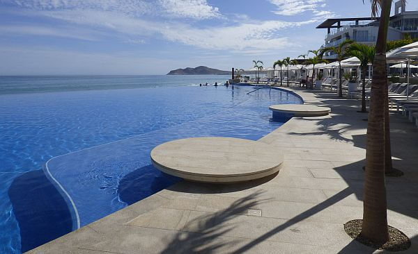 Le Blanc, one of the top Los Cabos resorts and adult all-inclusive