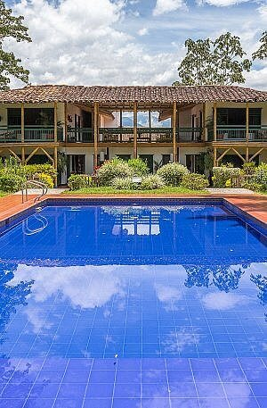 Swimming pool at Hacienda Bambusa boutique hotel in the Coffee Triangle of Colombia