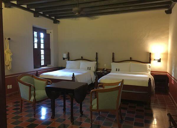 Puerta Campeche guest room