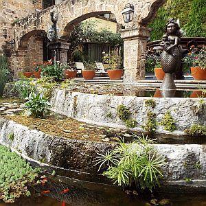 Quinta Real Guadalajara courtyard