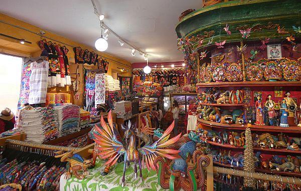 El Nuevo Mundo shop in Mexico