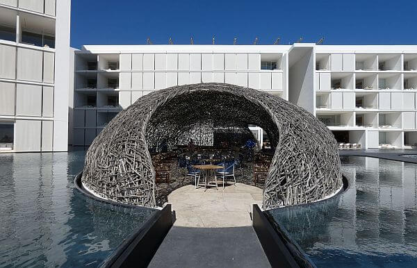 The nest bar at Viceroy Los Cabos